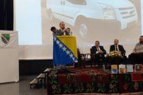 Kombi vozilo za potrebe Karađozbegove medrese od Bošnjaka Luksemburga
